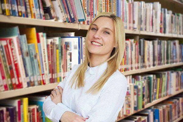 Елизавета - преподаватель итальянского