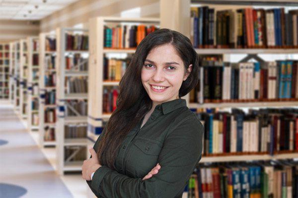 Рита - преподаватель английского языка