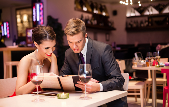 Английские фразы для ресторана и кафе. И вы точно не останетесь голодными!))